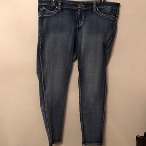YMI (Rue 21) Wanna Bretta Butt? Jeans